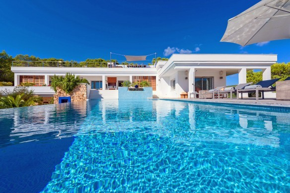 Spain:Ibiza:CasaBlancaJondal_VillaBianca:pool3.jpg