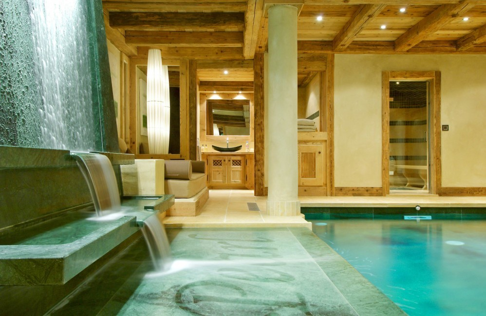 courchevel_chalet_papillon_spa_bereich_pool