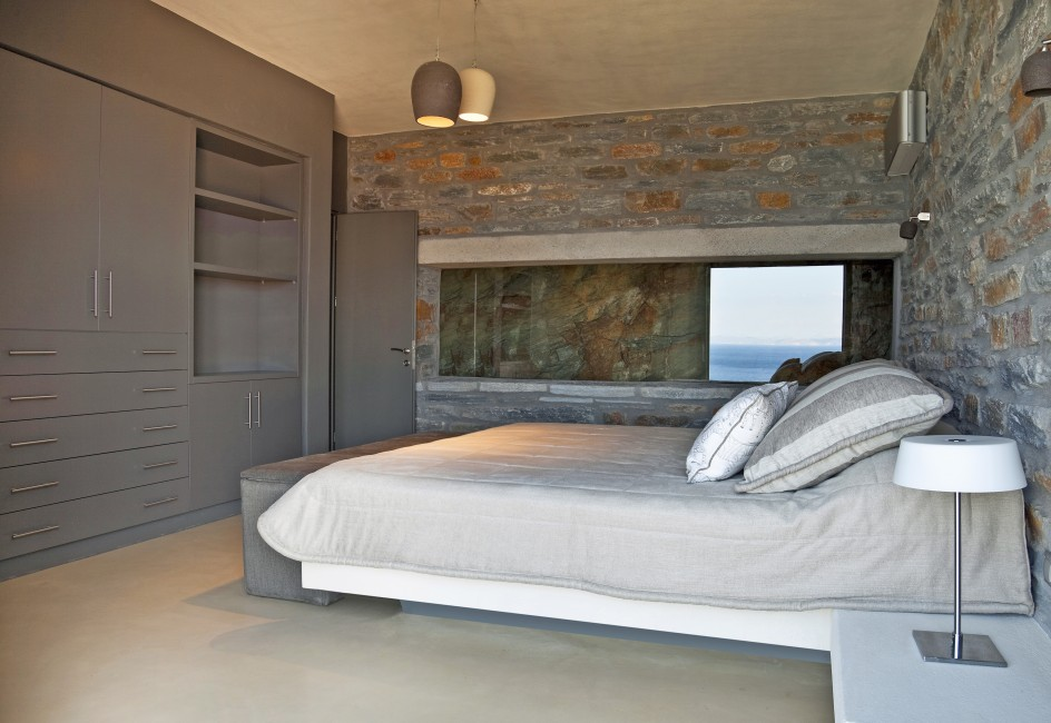 Greece:Mykonos&Cyclades:Kea:VillaSelene_VillaMoonlight:bedroom.jpg