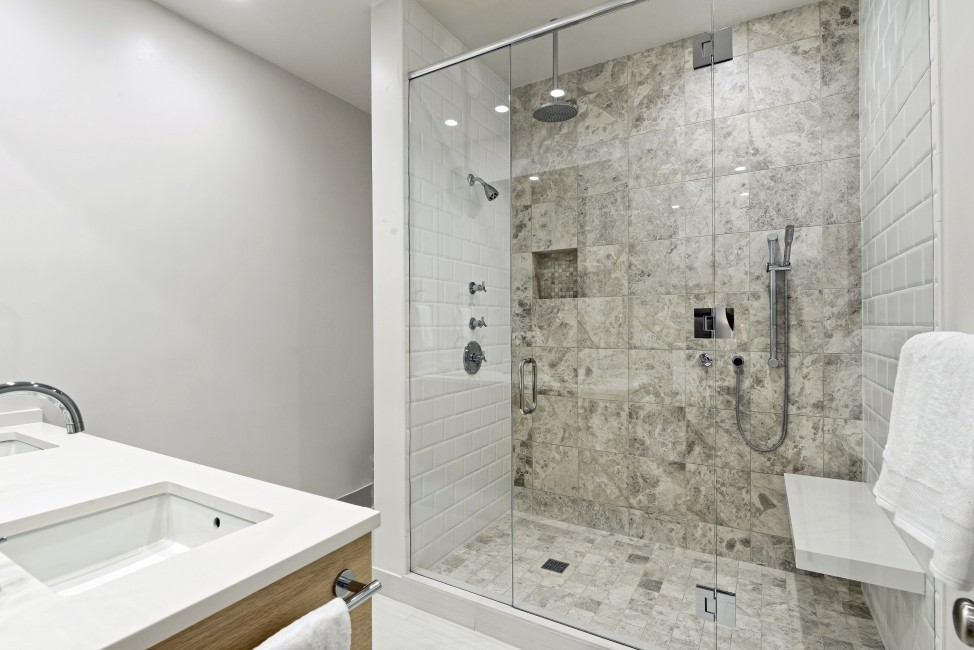 USA:Colorado:Aspen:SmugglerGrove_Greenview:bathroom5.jpg