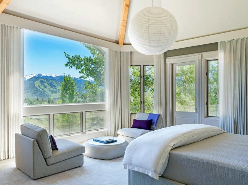 USA:Colorado:Aspen:RedMountainEstate_GrandVista:bedroom(9).jpg