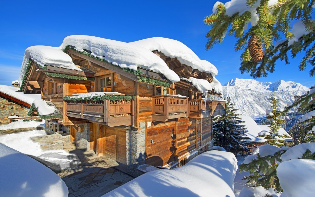 France:Courchevel:ChaletPearl_ChaletPapillon:facade0.jpg