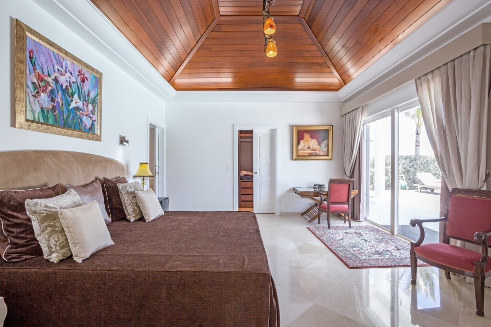 St. Barths:GoodNews_VillaGabbie:bedroom2.jpg