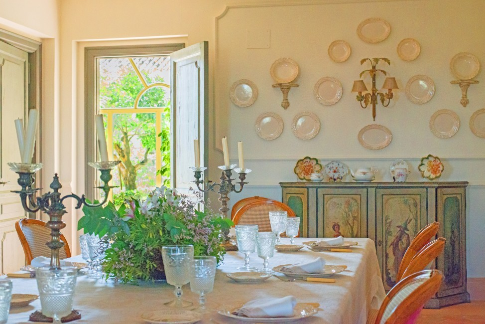Spain:Cordoba:CountryHouseCordoba_EsmieEstate:diningroom487.jpg