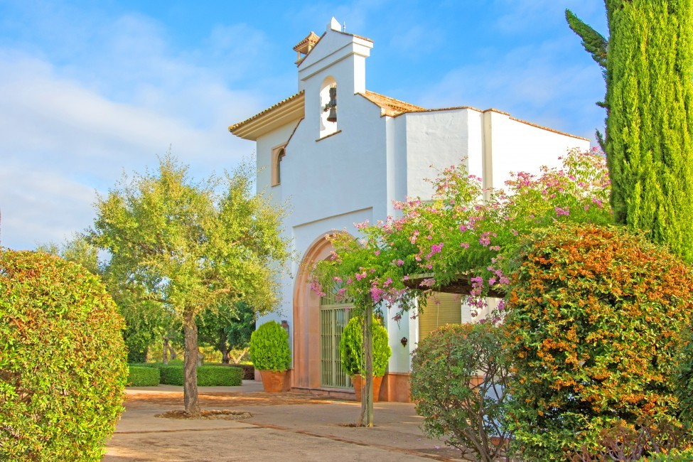 Spain:Cordoba:CountryHouseCordoba_EsmieEstate:chapel922.jpg