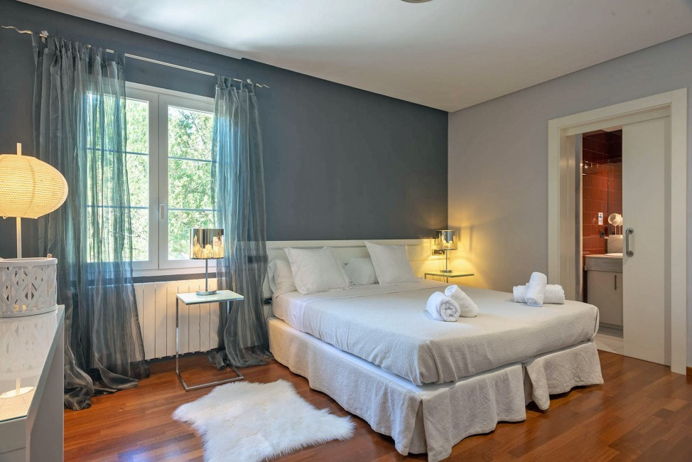 Spain:Ibiza:CanDiaz_VillaDia:bedroom13.jpg