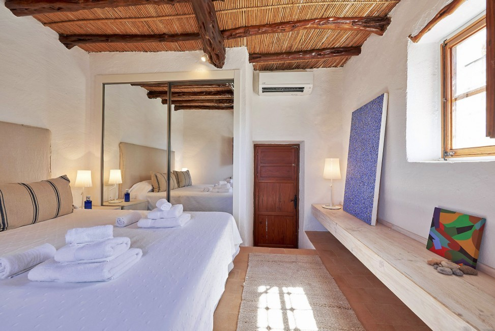 Spain:Ibiza:CanPaola_VillaPalmira:bedroom53.jpg