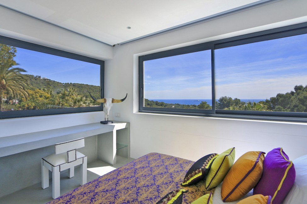 Spain:Ibiza:CanLuisa_VillaLuisina:bedroom29.JPG