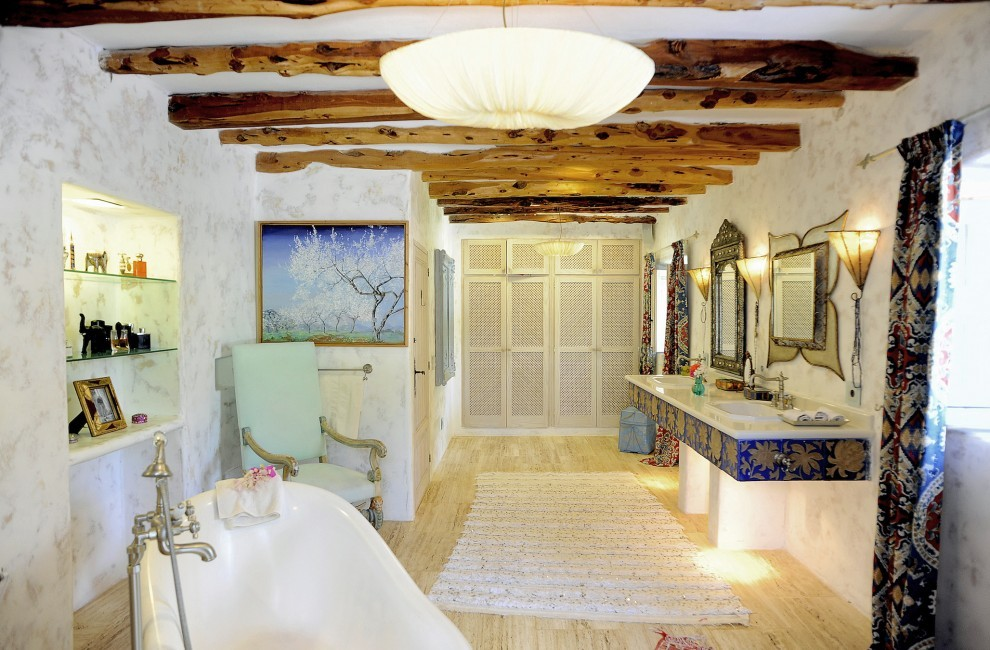 Spain:Ibiza:CanArte_VillaAlma:bathroom8.jpg