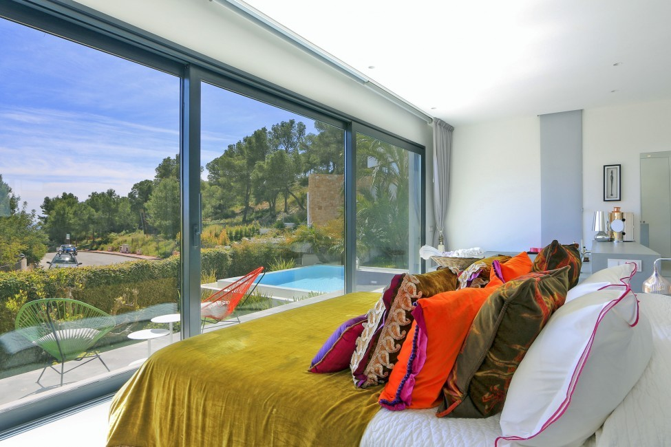 Spain:Ibiza:CanLuisa_VillaLuisina:bedroom22.JPG