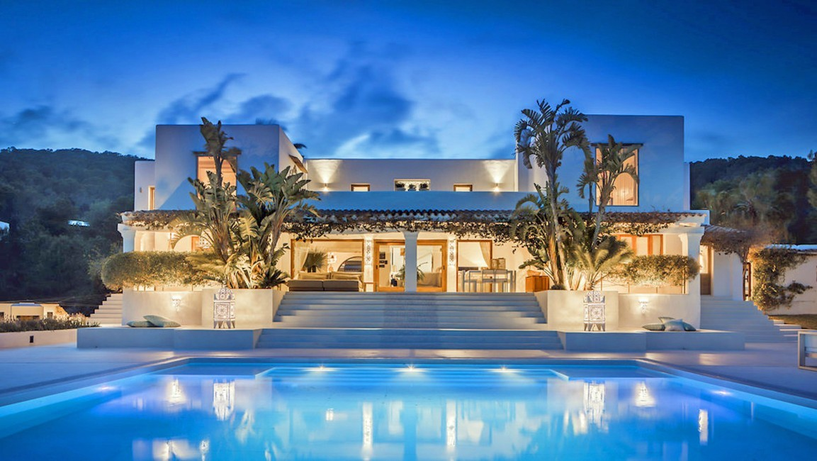 Spain:Ibiza:ElZafiro_VillaLaPerla:pool65.jpg