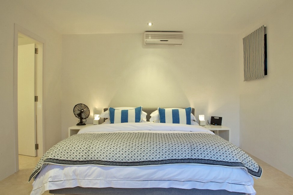 Spain:Ibiza:CasaJardin_VillaJaime:bedroom18.jpg