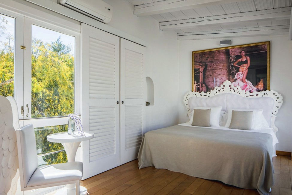 Spain:Ibiza:ElZafiro_VillaLaPerla:bedroom44.jpg