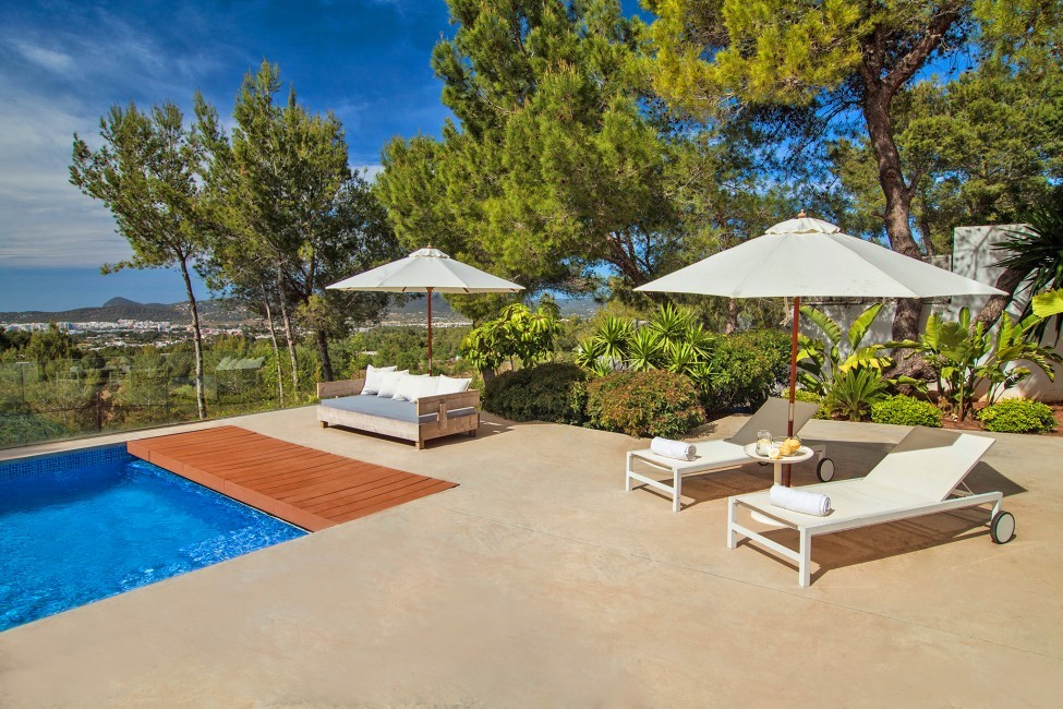 Spain:Ibiza:VillaFabric_VillaFranca:pool24.jpg