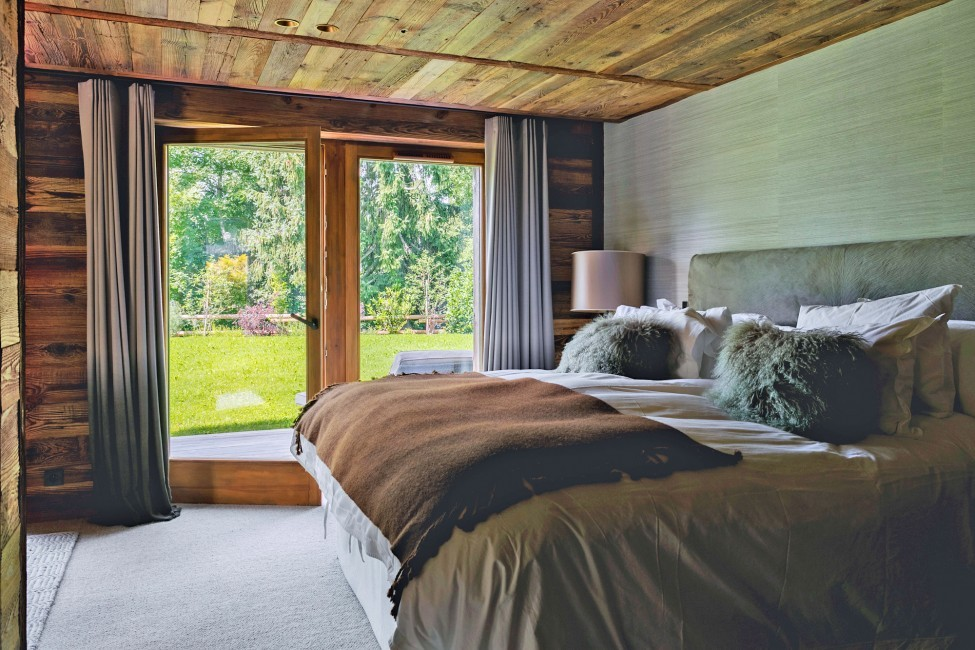 France:Megeve:ChaletNoma_ChaletNellie:bedroom14.jpg